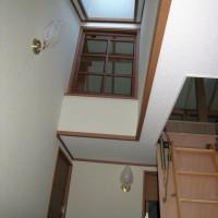 外断熱の家の特徴としたの天窓と、デザイン性の高い開き窓です。