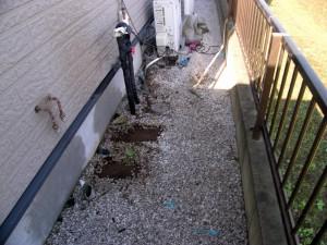 地盤面設置給湯機の撤去。